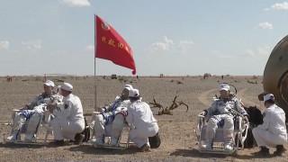 ९० दिन अन्तरिक्षमा बसेर पृथ्वी फर्किए चीनका तीनअन्तरिक्षयात्री